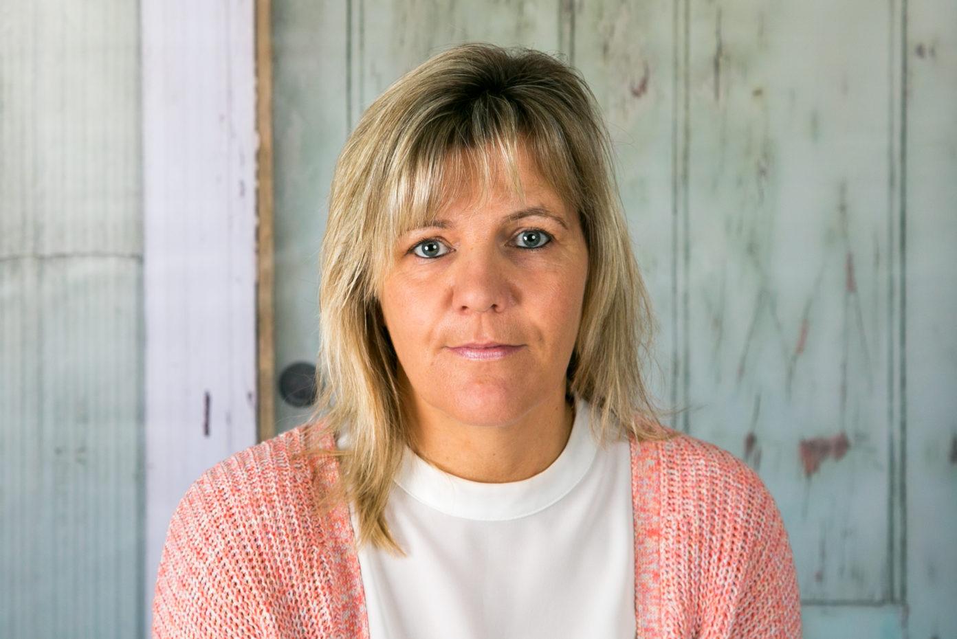 Portrait von Martina Aretz. Sie ist Leiterin der Kita Sonnenstrahl.