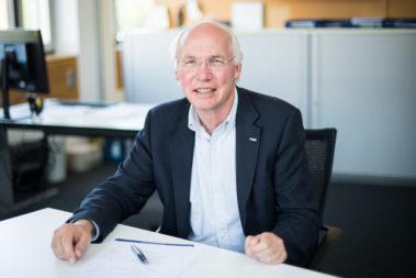 Portrait von Dr. Martin Kunz. Er ist Präventionsleiter der Unfallkasse Hessen und seit 1999 Mitglied im Redaktionsbeirat der KinderKinder.