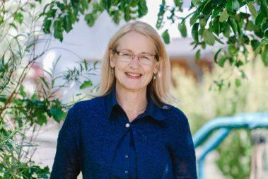Portrait Anja Böddecker. Sie leitet die Johanniter-Kita Ackerstraße Bergneustadt.