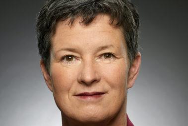 Portrait von Cordula Schonard. Sie ist Fachberatung für Kindertagesbetreuung im Landratsamt Göppingen.